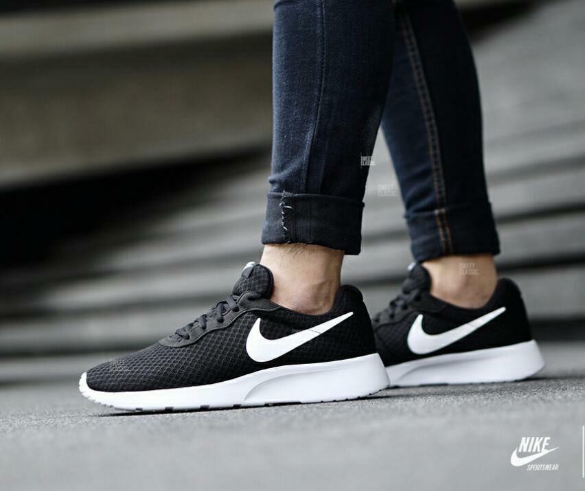f4c2a6f5a3 Nike tanjun black Originals . Type : Casual . size : 36-44, Men's ...