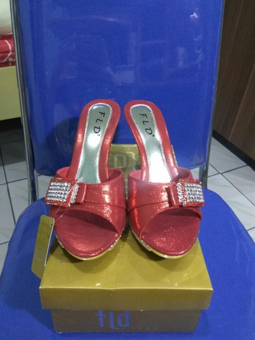 Sepatu Heels Pesta