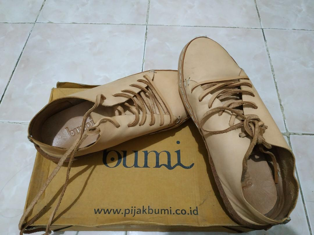 Sepatu Sneaker Pijak Bumi Womens Fashion Womens Shoes On