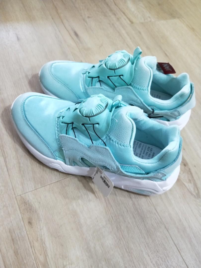 2899069d754f UK 4.5 Tiffany Blue Puma Sneakers