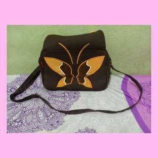 KABIZAKU Sling Bag