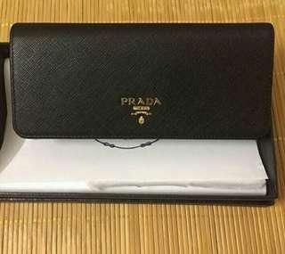 PREORDER ONLY!!PRADA FACTORY AUTHENTIC  saffiano Wallet* 1-1.5 weeks waiting time after payment is made* pm to order