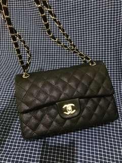 Chanel Classic Flap in Black Caviar GHW (Replica)