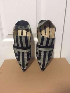 Size36 Zara Pointy Stripe Loafers