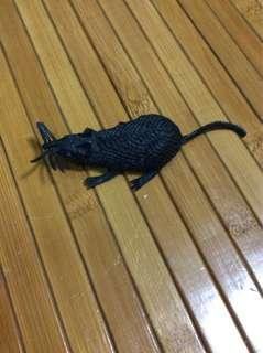 🚚 Fake Rat made of rubber