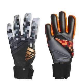 Adidas Predator Pro Telstar Goalkeeper Gloves