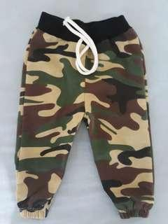 Camouflage baby jogger