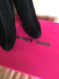 Juicy Girl 鞋 size 38 只穿過一次