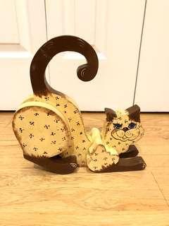 Primitive Hand Painted Cat Decoration