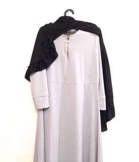 1 set gamis dan jilbab