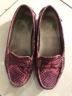 Sepatu Pedro size 38