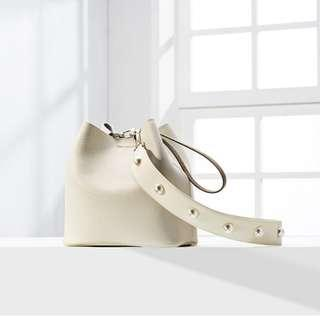 Korea Findkapoor FKP Basic Line Pingo Bag Ivory Pearl Edition