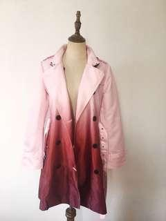 Double-breasted gradient color trench coat