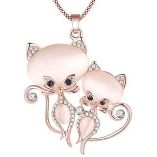 🚚 Couple Cats with Crystals Long Necklace
