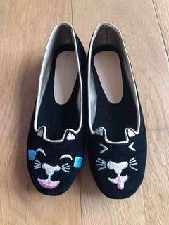 Girls shoes cat