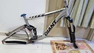 """2013 giant trance x1 size m 26"""" wheel size with rockshox revelation dual air fork"""