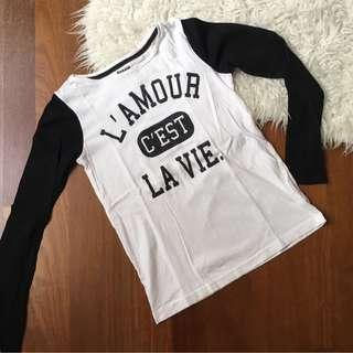 Long sleeve monochrome tee