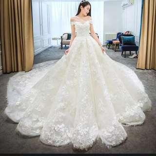 Wedding gown / Wedding Dress