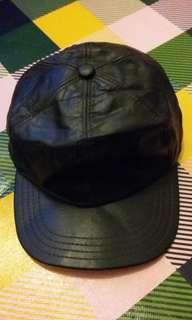 Vintage full leather cap