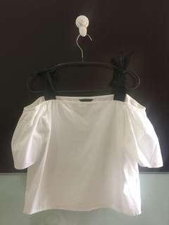 Executive bow white top