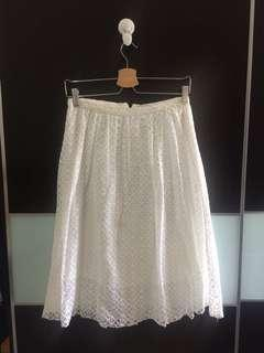 BERSHKA WHITE SKIRT