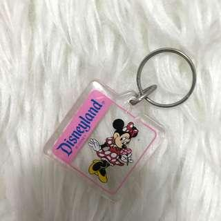 Minnie disneyland keychain