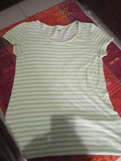 Kaos stripe. Uniqlo