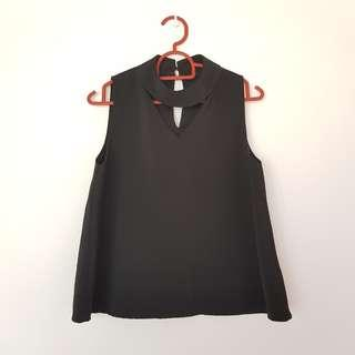Black Flowy Collar Crop Top