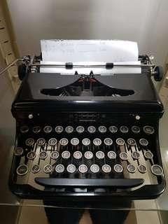 royal model o glasskey typewriter