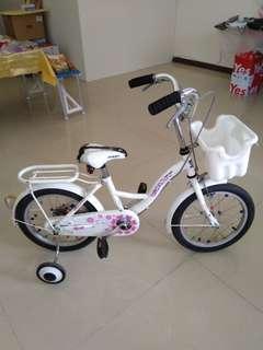 兒童腳踏車(可騎到十歲,輔助輪可拆)