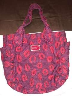 MARC BY MARC JACOBS Tote Red #MauiPhoneX