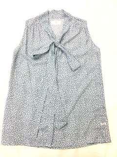 Bayo sleeveless top size S