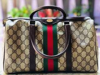 Make an offer 💯Authentic Vintage Gucci Speedy30