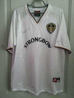 Leeds United 2000/01 home kit