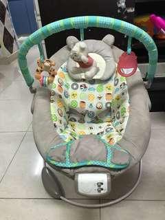 Winnie the Pooh BB搖搖櫈