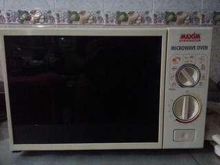 Microwive Oven