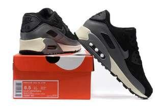 Black/grey suede Nike air max 90