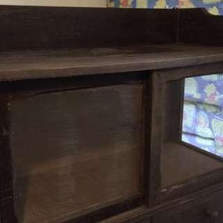 舊式沙櫃桶