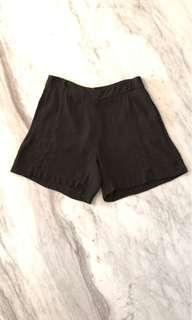 Saba olive green silk crepe shorts size 8
