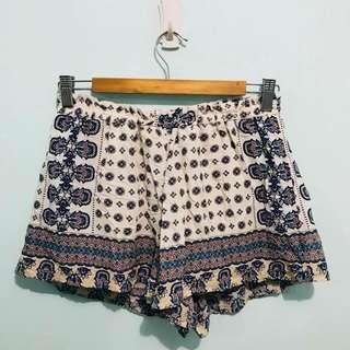 Printed boho shorts