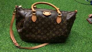 Louis Vuitton turrene monogram 35