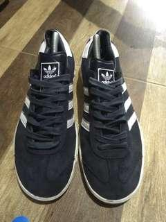 Adidas hamburg black white