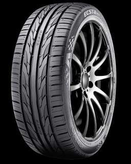 Kumho PS31 225/50-17. very new