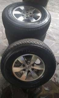 """Oem 16"""" fortuner mags with free tires"""