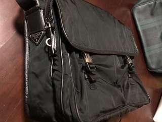 Prada 側背包 肩背包 郵差包 書包
