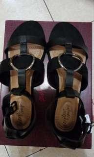 Sandal Payless asli