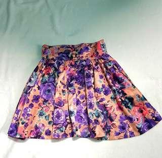 Skirt size 25