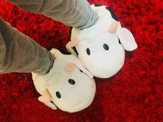 SALE!! Cow slippers - Sendal ruangan boneka sapi