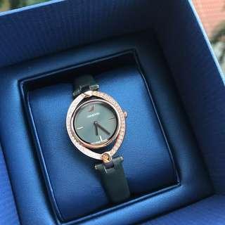🚚 Swarovski Stella Women's leather strap Watch