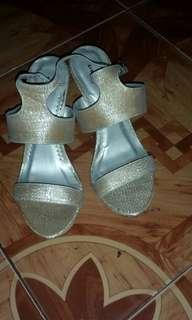 Shoes w/heels Gold+Free shipping